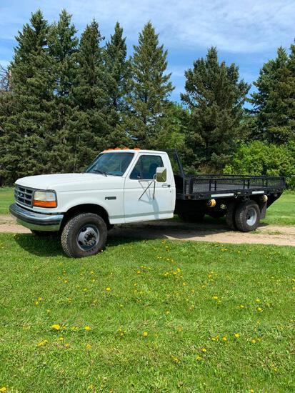 1997 Ford Super Duty dually flat deck truck