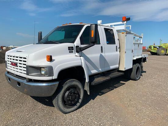 2005 GMC C4500 4x4 Crew Cab Flatbed Truck