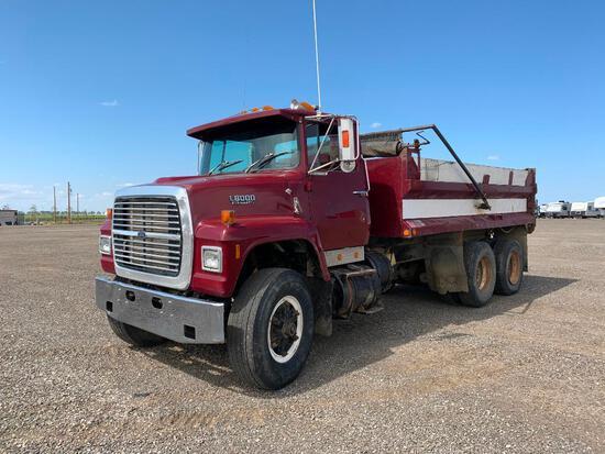 1989 Ford L8000 T/A Gravel Truck