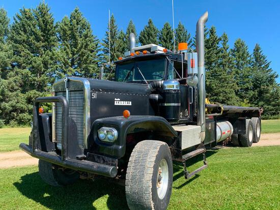 1972 Kenworth LW924 T/A Winch Bed Truck
