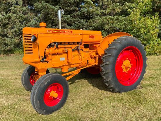 1952 Minneapolis Moline Tractor
