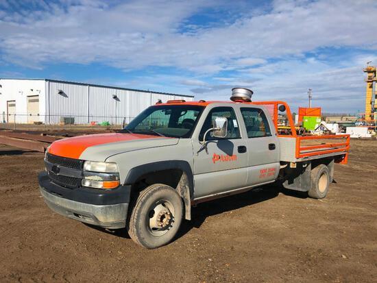 2001 Chevrolet Silverado 3500 Crew Cab 2wd Deck Truck