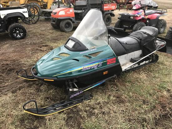 1995 Ski-Doo Touring E Rotax 380 Snow Mobile