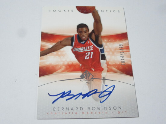 2005 SP AUTHENTIC BERNARD ROBINSON SIGNED AUTOGRAPHED NUMBERED ROOKIE CARD 844/1499 CHARLOTTE BOBCAT