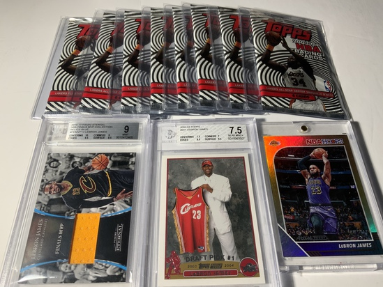 215 ITEMS SPORTS CARDS AND SPORTS MEMORABILIA
