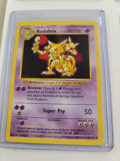 Original POKEMON Base Set SHADOWLESS Kadabra #32/102 UNCommon Card