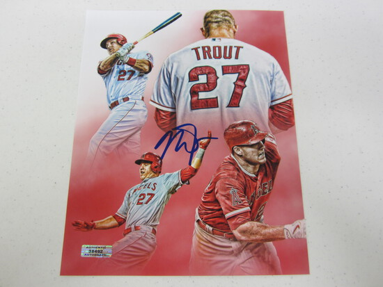 MIKE TROUT AUTOGRAPHED ANGELS 8X10 W/COA