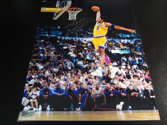 Kobe Bryant Signed 8x10 photo certified coa