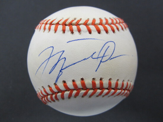Michael Jordan Autographed signed Baseball WITH COA! - RARE/DIFFERENT-ON A BALL! GOAT/EX BULL!