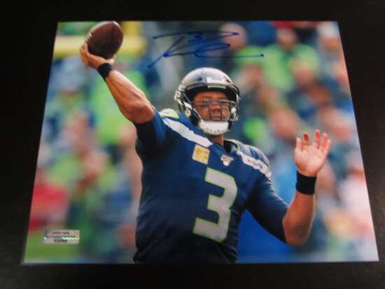 Russell Wilson Seatlle Seahawks 8x10 Autographed Photo w/ COA