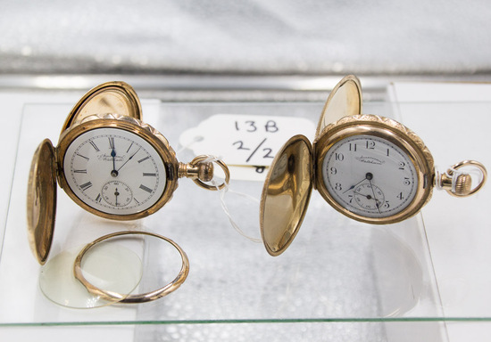 LOT of TWO: Am. Waltham 6z 7jw hunter case watches.
