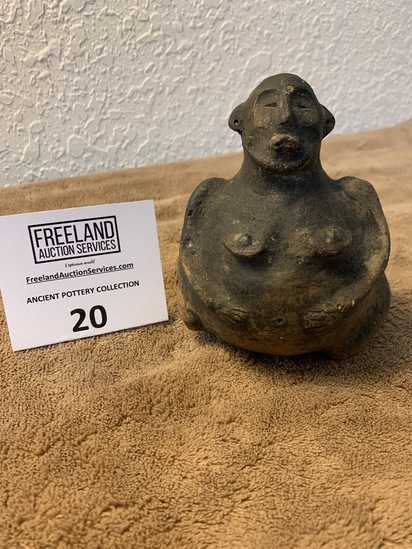 Female Effigy Vessel In Very Good Condition