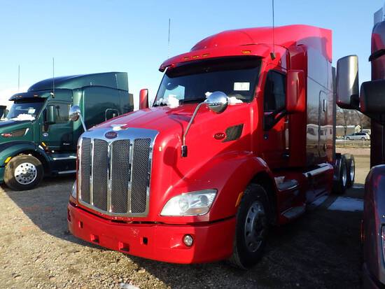 2016 PETERBILT 579 UltraCab