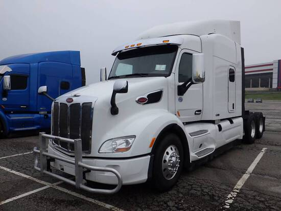 2017 PETERBILT 579 UltraCab EPIQ
