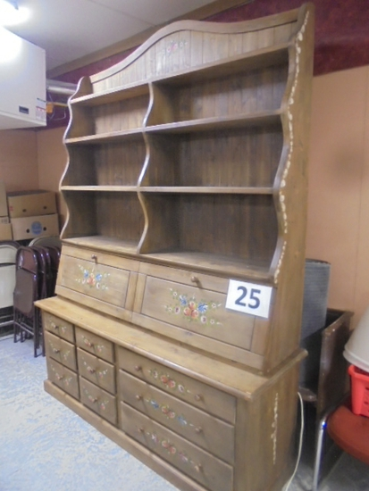 Dresser with shelf top