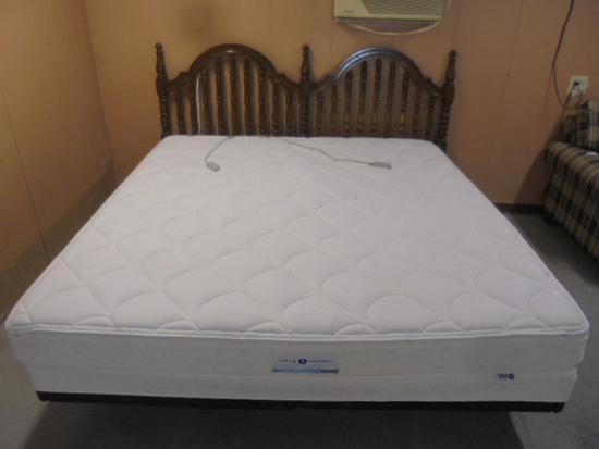 King Size Sleep Number Classic Series Bed