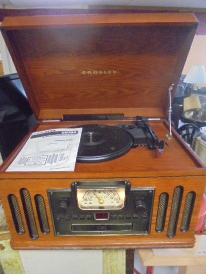 Crosley Am-Fm/CD/Turntable Radio