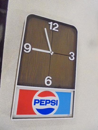 Vintage Pepsi Clock