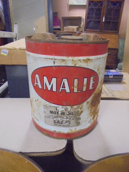 Amalie Oil Can