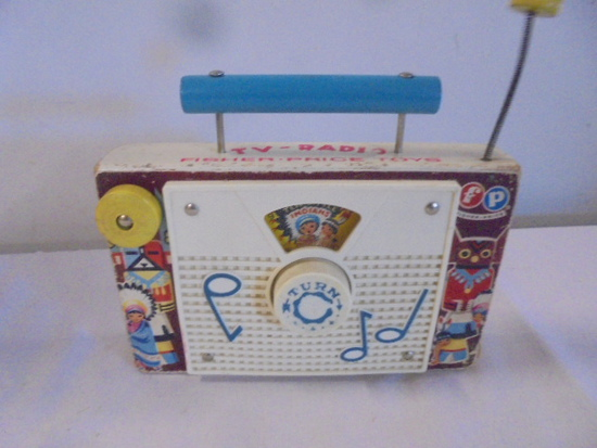 1964 Fisher Price TV Radio-10 Little Indians