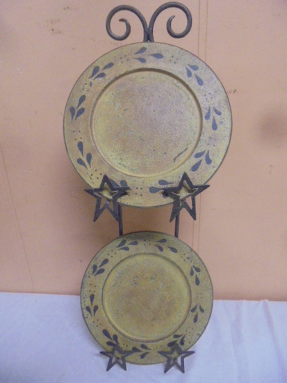 2 Pc. Country Décor Plate Set w/Iron Raqck
