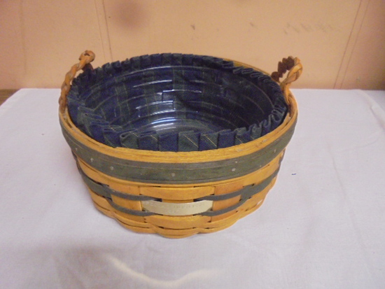 1998 Longaberger Collectors Club Basket w/liner and protector