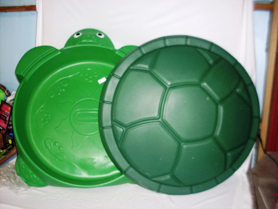 Little Tikes Sand Box Turtle with Lid