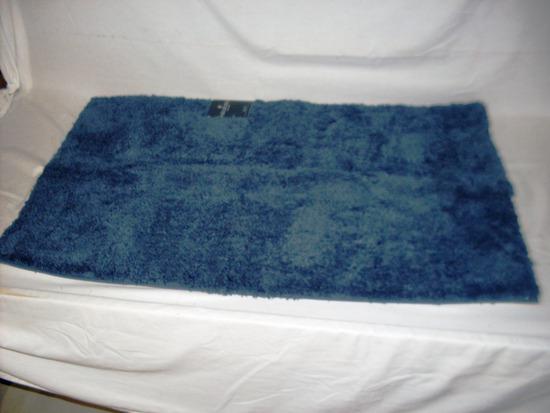 Fieldcrest Blue Bath Rug