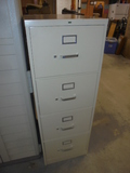 Like New Steel 4 Drawer File Cabinet