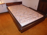 Twin Sizxe Bed w/6 Drawers Under Bed and Like New Mattress