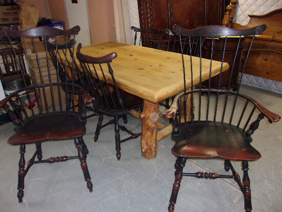 Gorgeous Log Dining Table w/ 6 Chairs Including 2 Arm Chairs