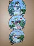 3pc Snowman Plate Set w/ Metal Wall Holder