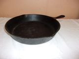 Wagner Ware No 10 Cast Iron Skillet