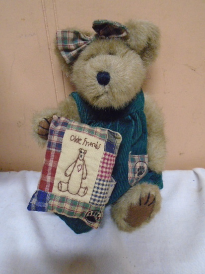 "Boyd's ""Olde Friends"" Bear"