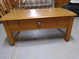 Beautiful Like New Solid Oak Coffee Table w/Drawer