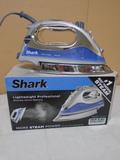 Shark 1500 Watt Professional Steam Iron