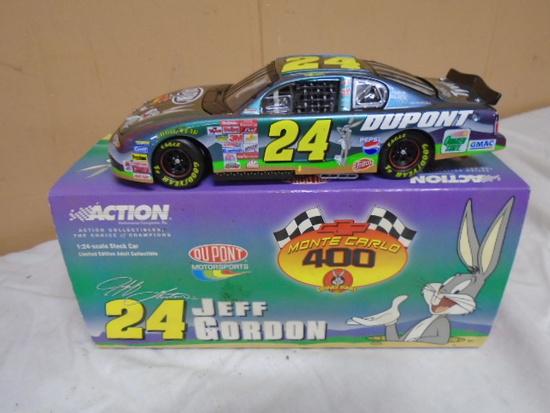 2001 Action 1:24 Scale Jeff Gordon Die Cast Car w/Box