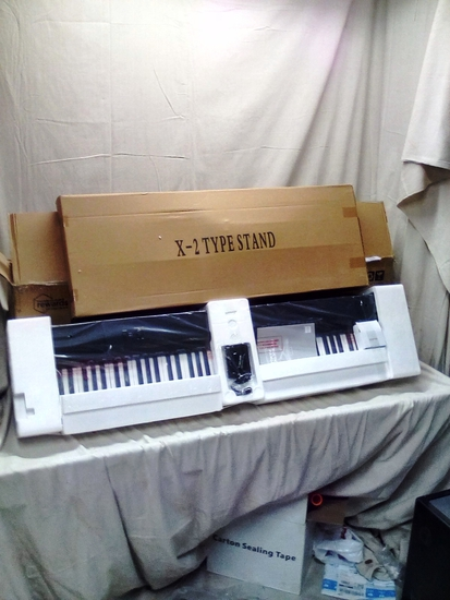 "48"" Keyboard with X-2 Type Stand"