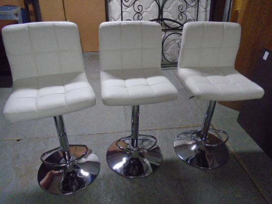 Beautiful Matching Set of 3 Chrome and White Leather Swivel Bar Stools