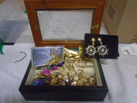 Jewelry Box Filled w/ Jewelry