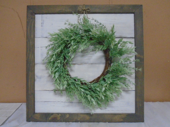 Wooden Wall Piee w/ Wreath