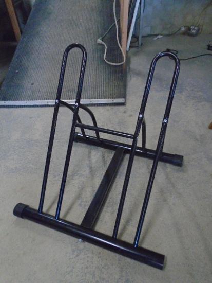 Like New Double Bicycle Rack