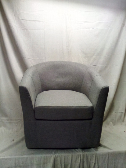 Windsor Swivel Club Chair