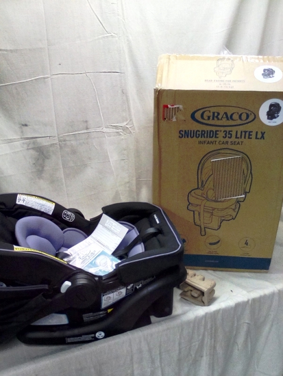 Graco SnugRide 35 Lite LX Rear Facing Car Seat and Base