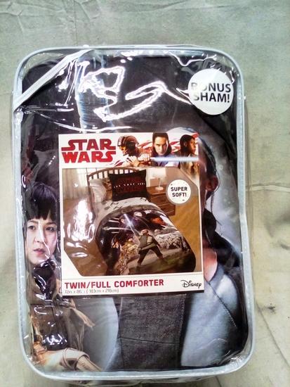 Disney Star Wars Twin/Full Comforter Set