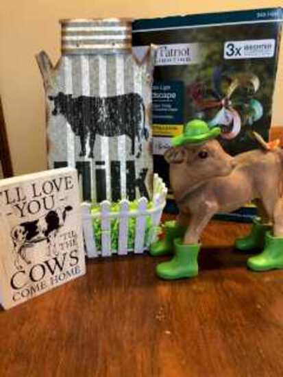 Patriot Yard Spinner-Decorative Milk Plaque-Tin Milk Sign-Cow Figurine-Basket