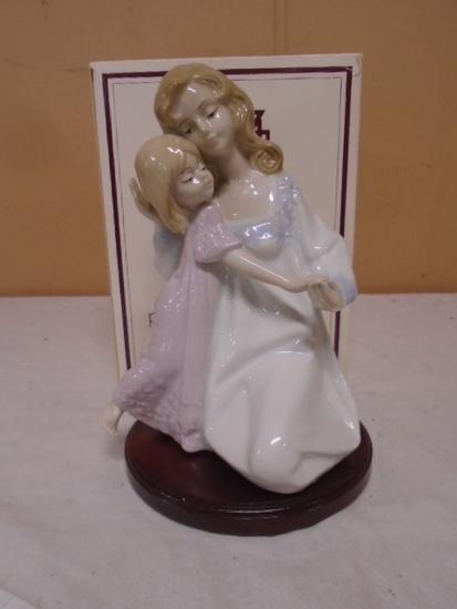 Paul Sebastian Fine Porcelain Mother & Daughter