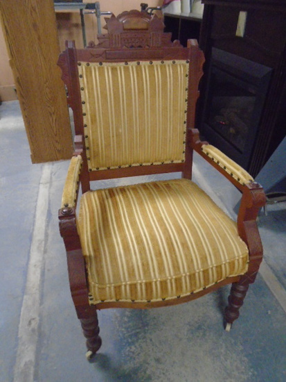 Beautiful Antique Ornate Carved Arm Chair