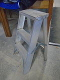 3 Foot Aluminum Stepladder
