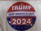 Trump 2024 Metal Button Sign